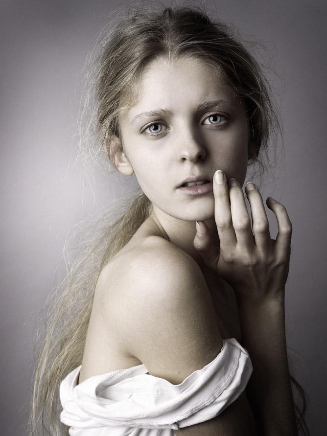 Pauline Surget / Karin Models Paris