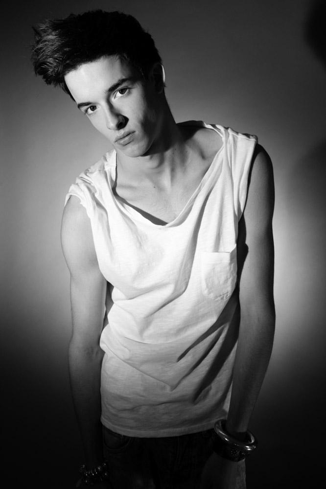 Filip Jankowski / AMQ Models