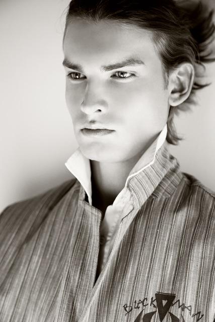 Mario Skaric / Midikenn Model Management