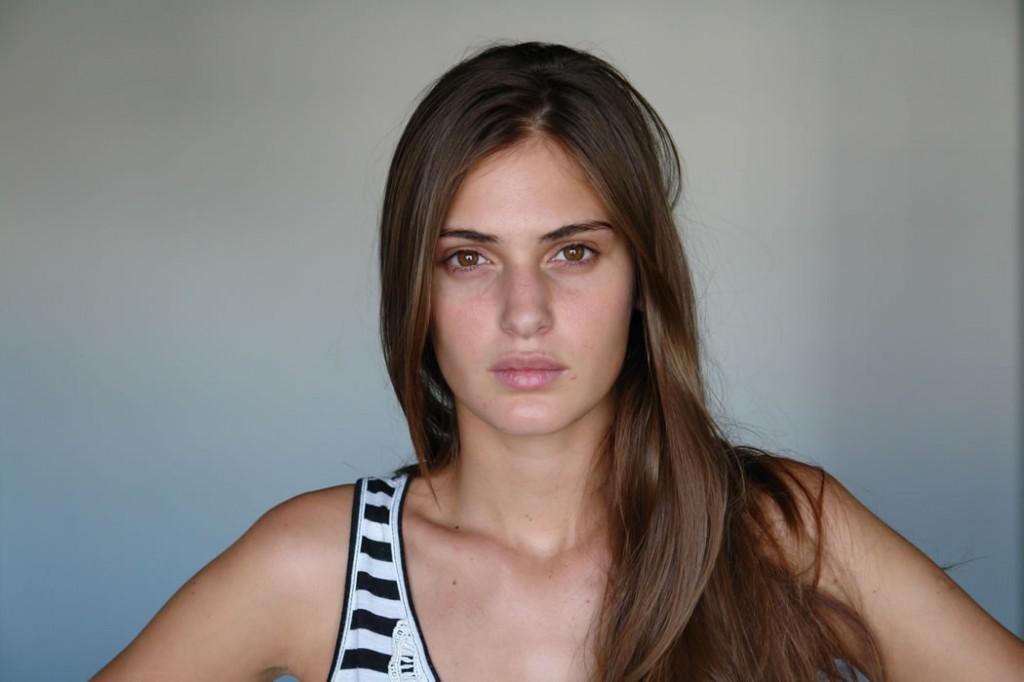 Mia Flores Piran / Civiles