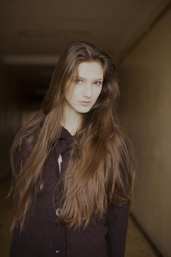 Ana Gilca / image courtesy Mandarina Models