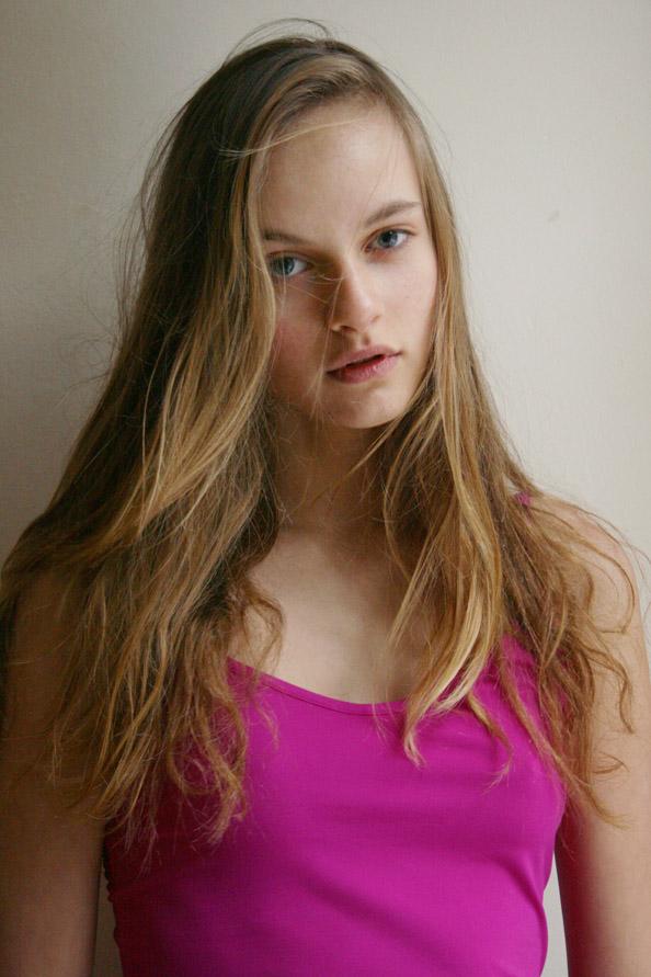 Carmen / image by Yorick Nube courtesy MAX Models
