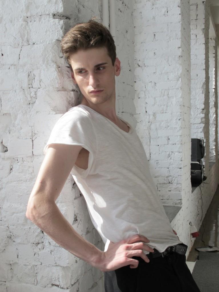 Martin Shahbanov / polaroid courtesy Stardom