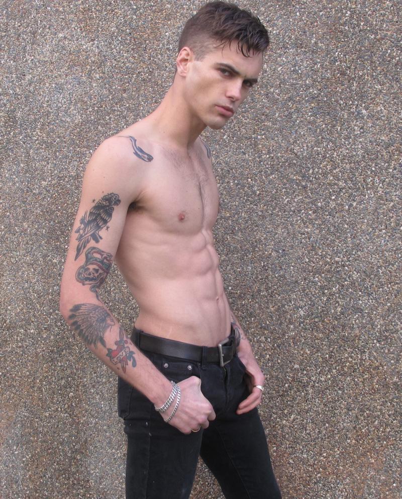 Lewis / image courtesy eMg Models