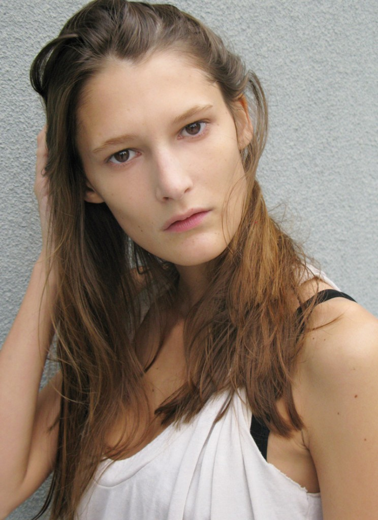 Marie Avgeropoulos | NewDVDReleaseDates.com