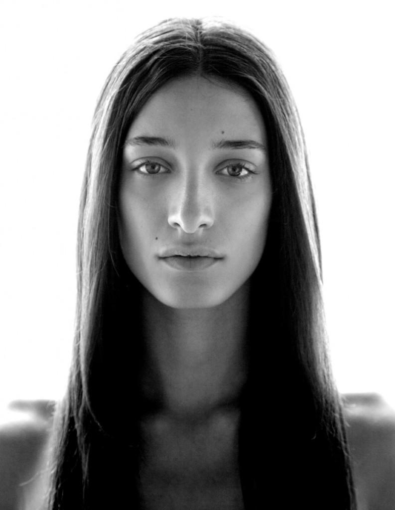 Angie / image courtesy VN Models