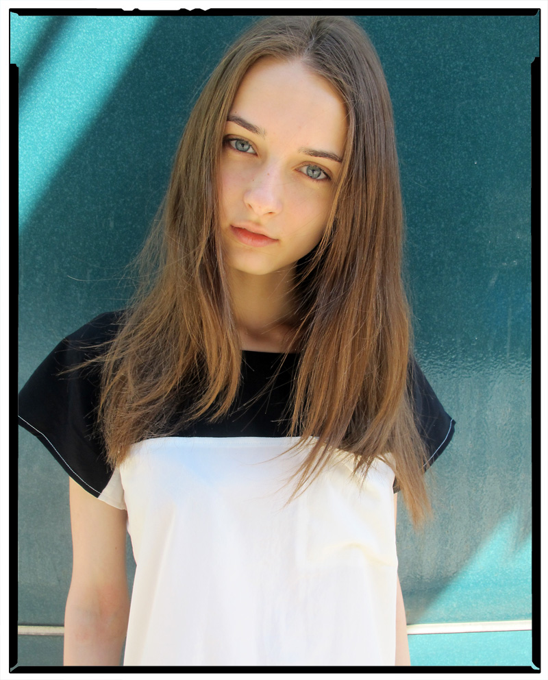 Polina / One Management