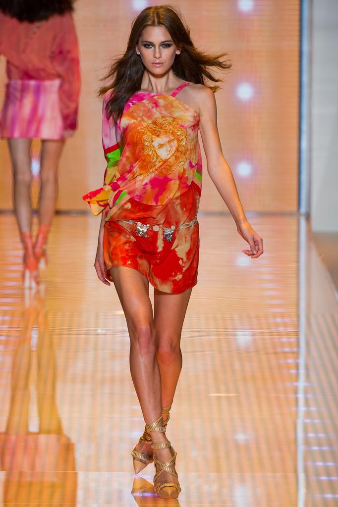 Anastasia / Versace - image style.com