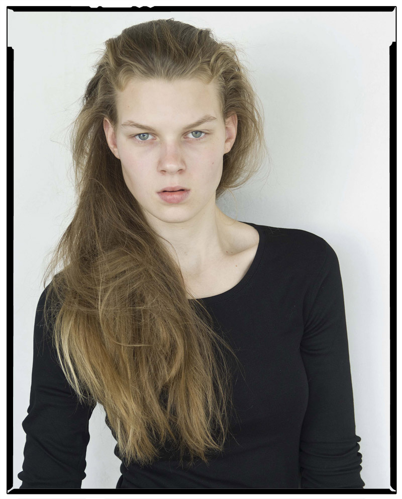 Gina / AM Model Management (4)