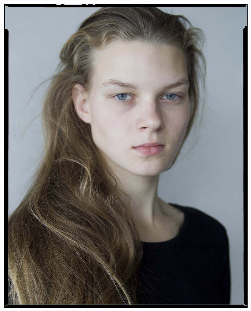 Gina / AM Model Management (3)