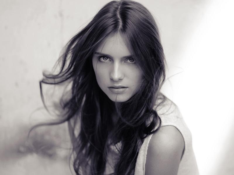 Romana / image courtesy Exit Model Management  (6)