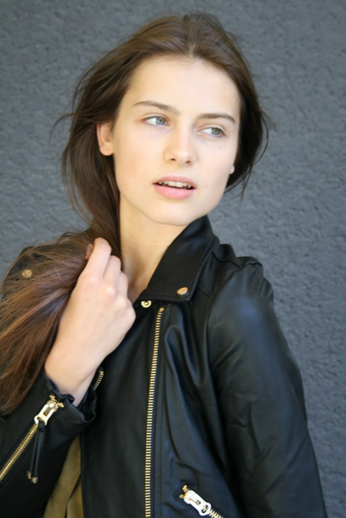 Romana / image courtesy Exit Model Management  (17)