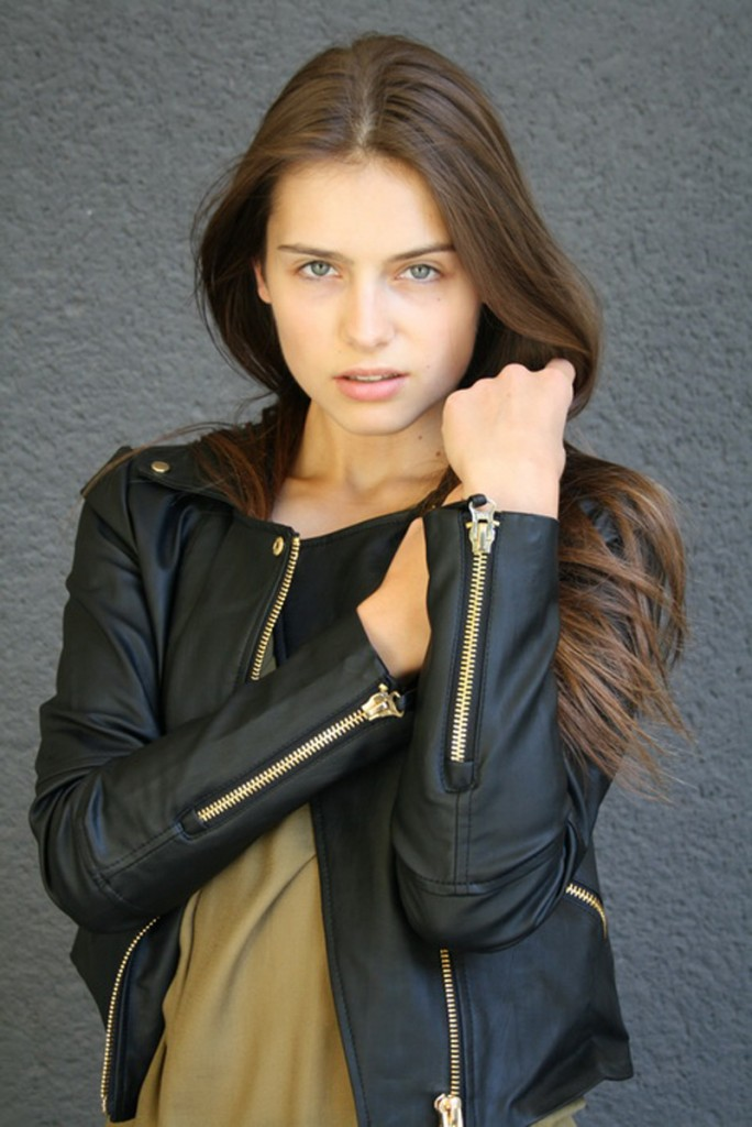 Romana / image courtesy Exit Model Management  (18)