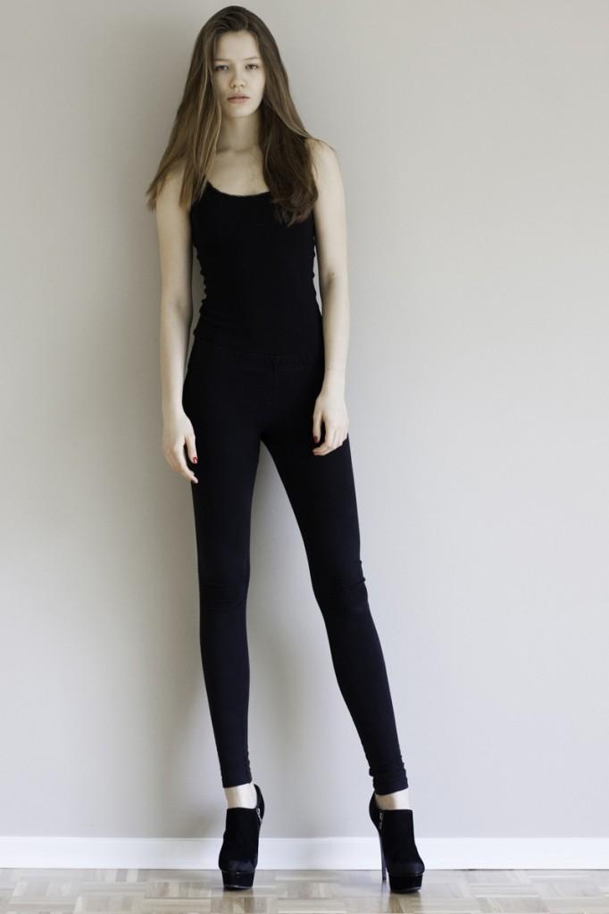 Victoria / image courtesy VIA Model Management (16)