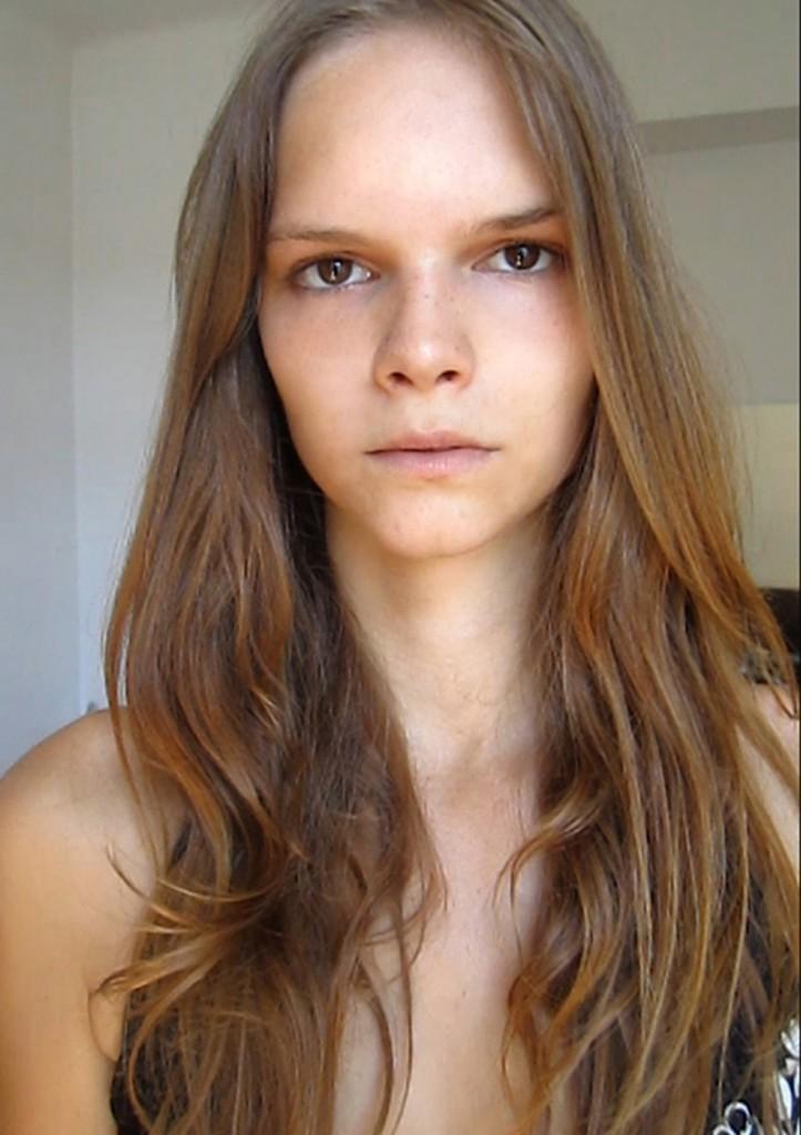 Renata / image courtesy Face Model Management (15)