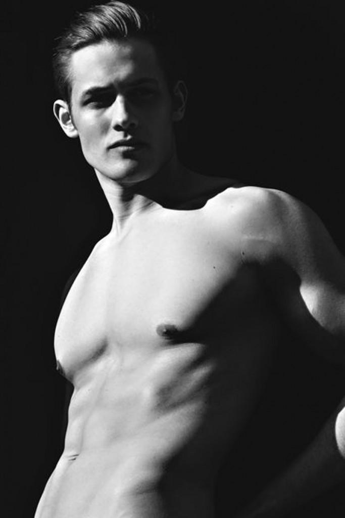 Alex / image courtesy SPIN Model Management (11)