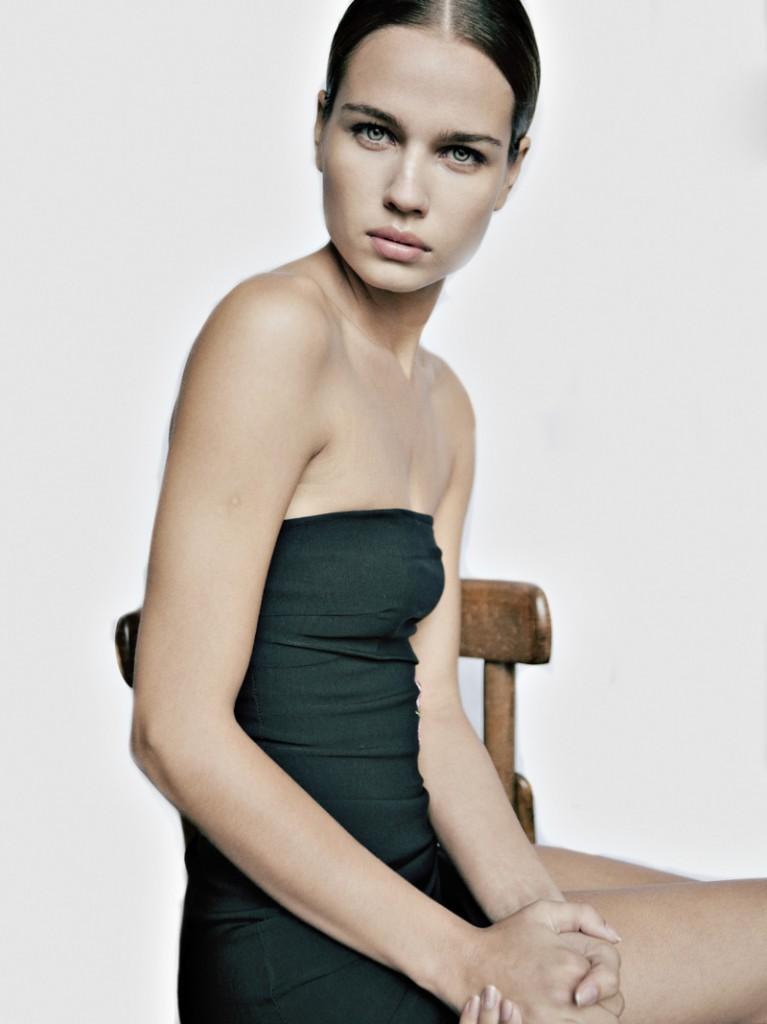 Caroline / image courtesy Joy Model Management (10)