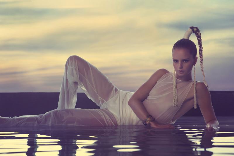 Rieke / image courtesy Hakim Model Agency (15)