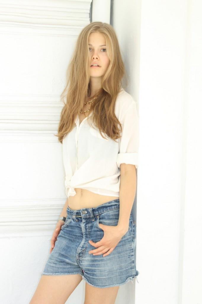 Vanessa / image courtesy Model Management (17)