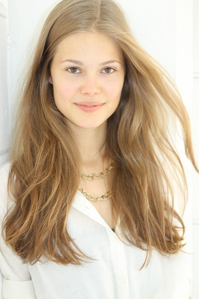 Vanessa / image courtesy Model Management (16)