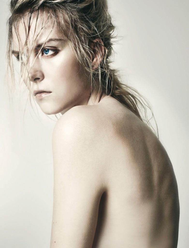 Amanda / 2pm / photo by Jakob Kirk