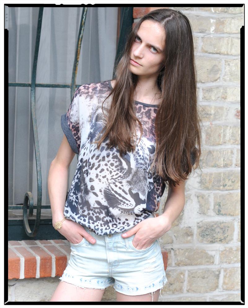 Val / Jill Model Management (6)