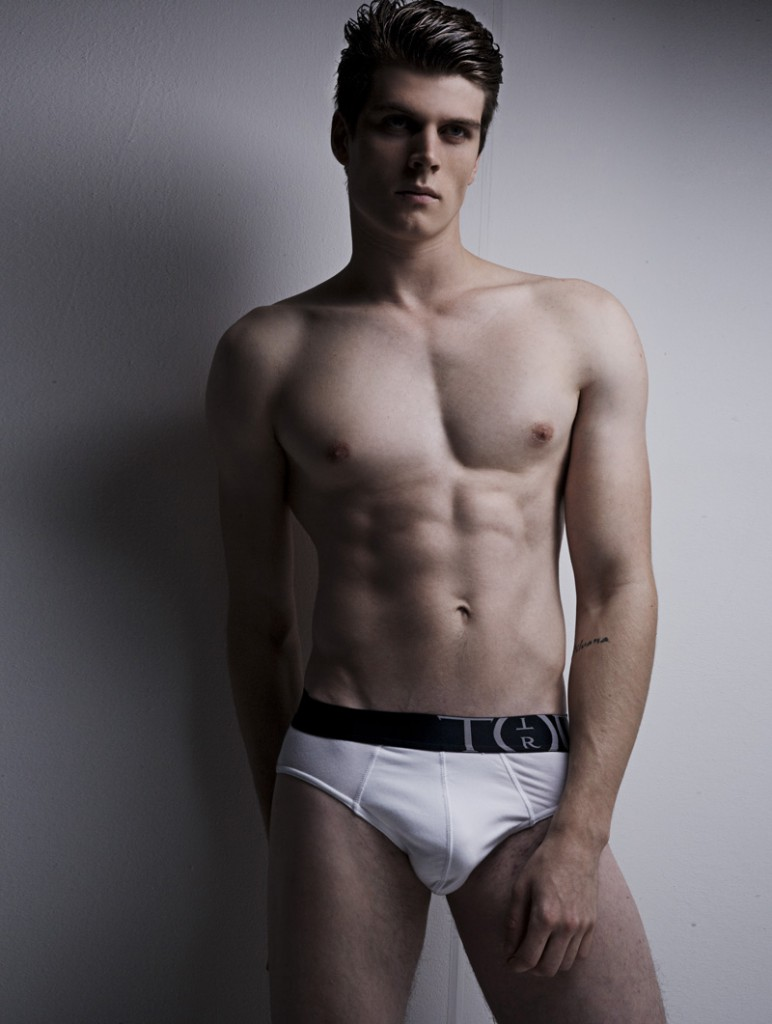 Rafael / image courtesy Fly Models Mgt (18)