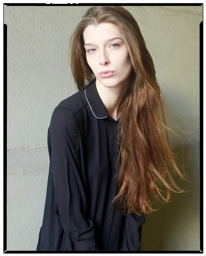 Claudia / One Management (1)