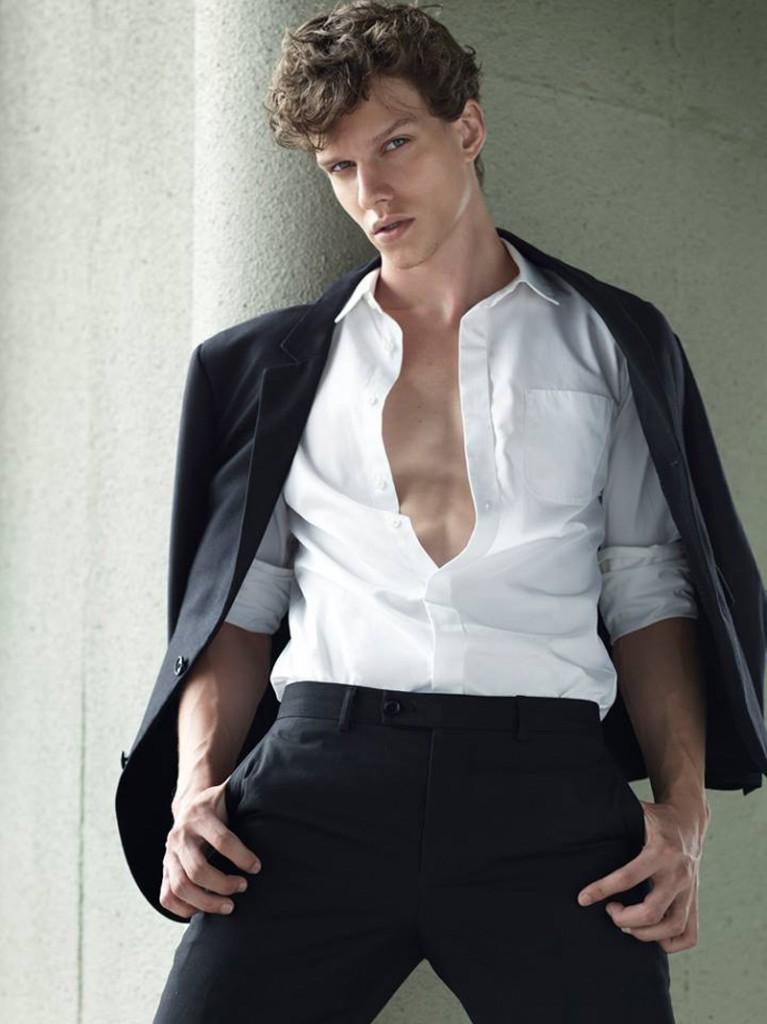 Leo / image courtesy Premier Models Management (10)