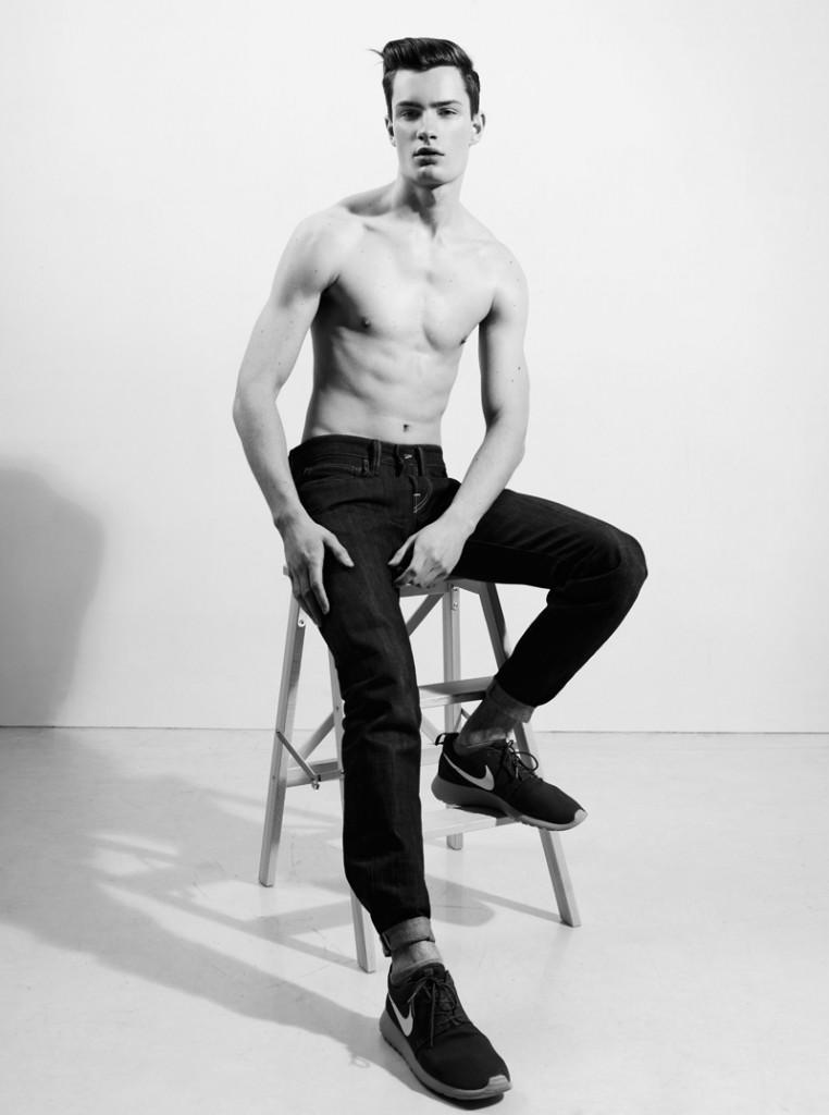 Nikita / image courtesy Aquarelle Models (20)