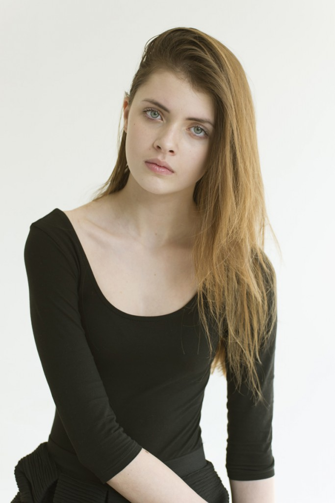 Simona / imag courtesy New Face Mng (16)