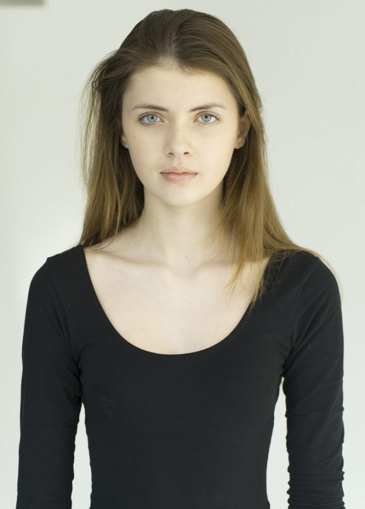 Simona / imag courtesy New Face Mng (13)