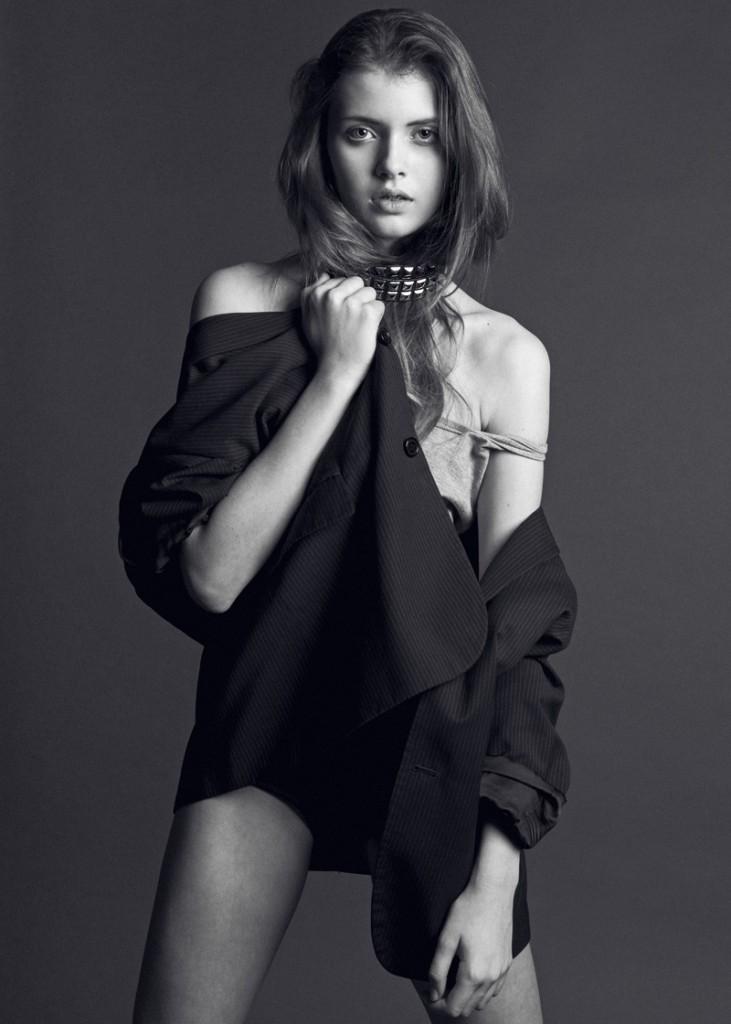 Simona / imag courtesy New Face Mng (4)