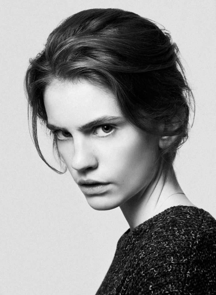 Nina / image courtesy Louisa Models (1)