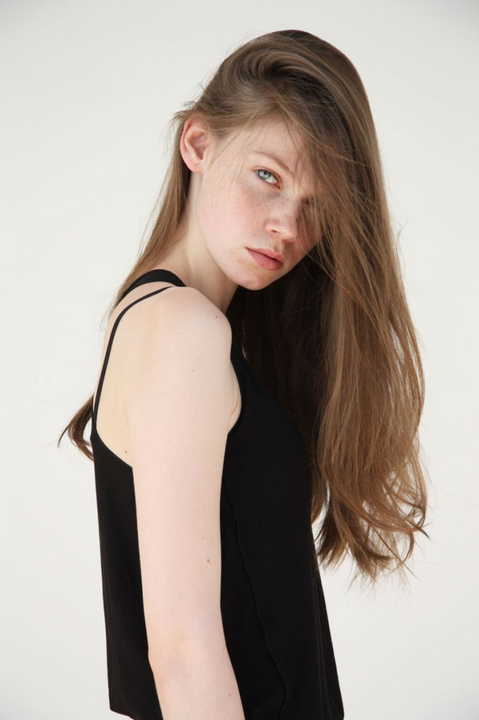 Carolin / image courtesy TUNE Model Management (13)