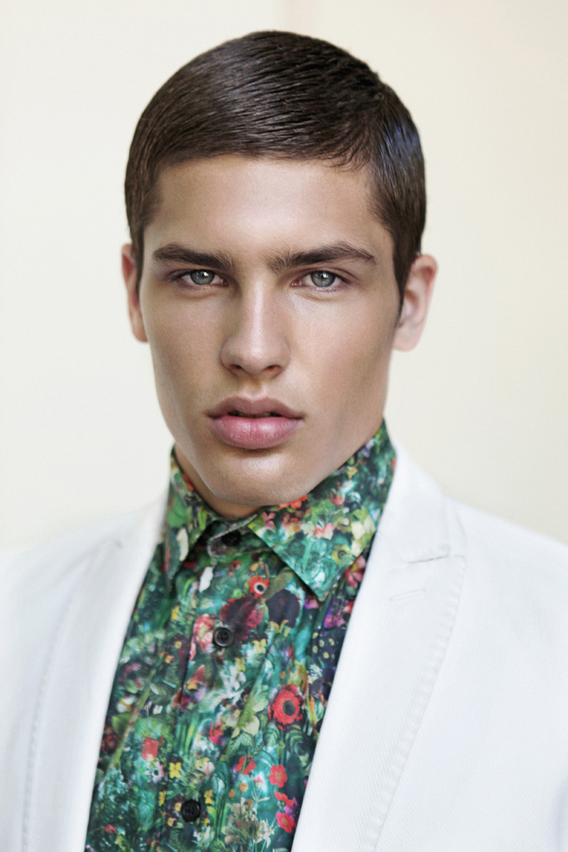Miro / image courtesy Exit Model Management (2)