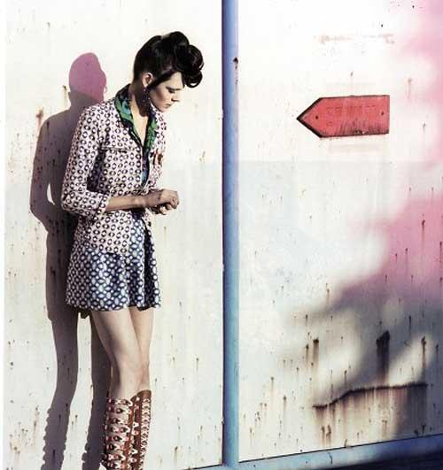 http://i.models.com/oftheminute/images/2007/12/kinga-rajzak-024.jpg