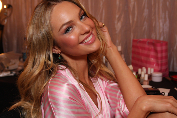 candice swanepoel face. Candice Swanepoel