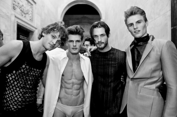 backstage-at-amfar-inspiration-ball-photos-a-kevin-tachman-2010-0764cr2