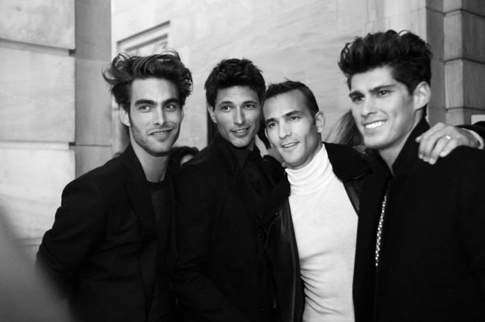 backstage-at-amfar-inspiration-ball-photos-a-kevin-tachman-2010-0854cr2