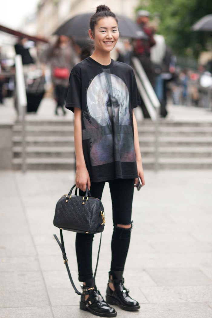Liu-Wen-Viktor-Rolf-Haute-Couture-3-Melodie-Jeng-Street-Style-0018