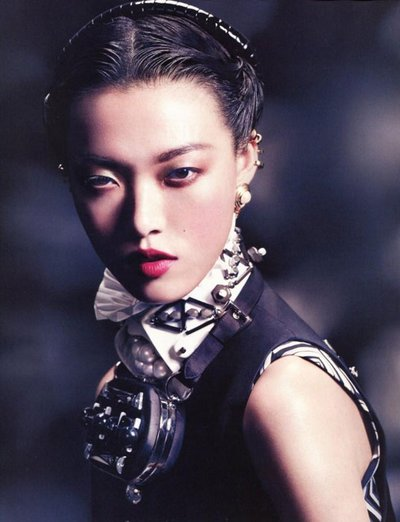 Tian Yi - Ph: David Slijper for Vogue China